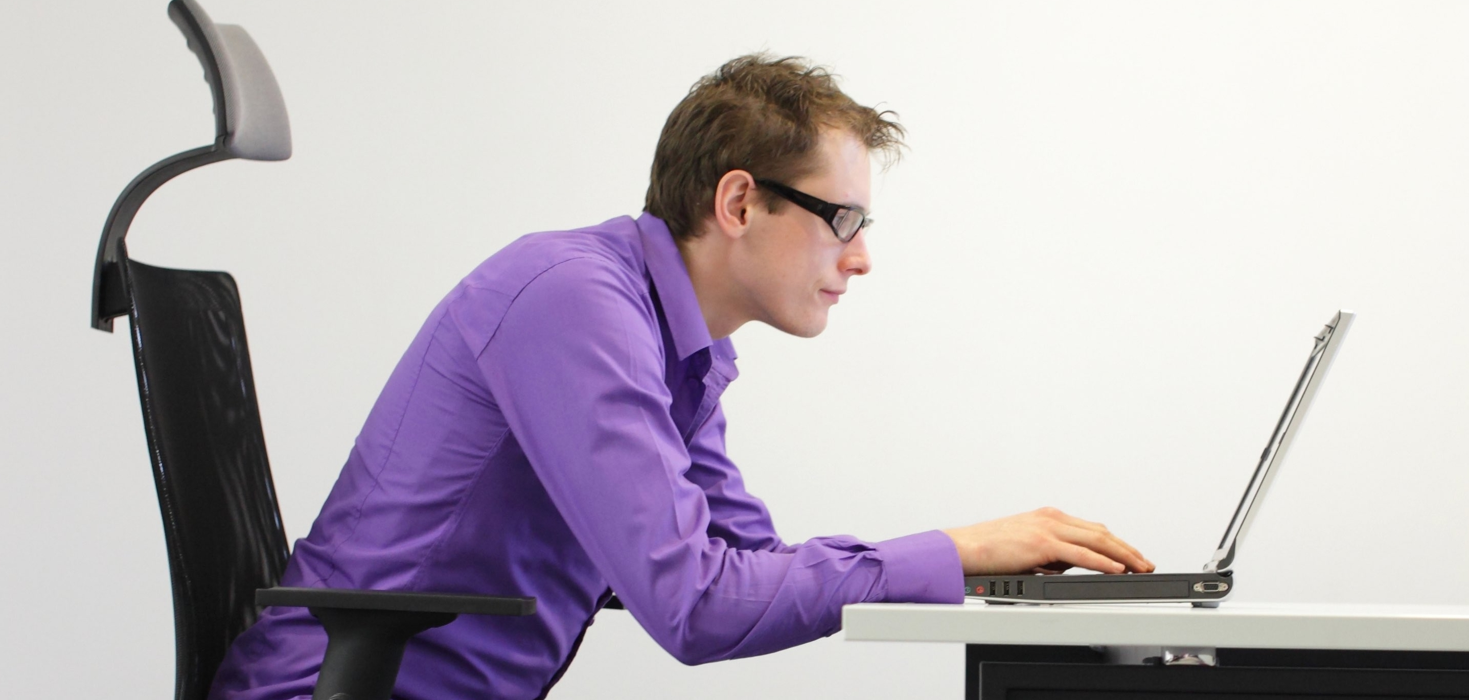 Ergonomics Explained Are Sitting Or Standing Desks Better For Work